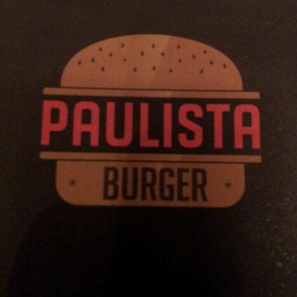 Photo prise au Paulista Burger par Fernando M. le9/1/2013