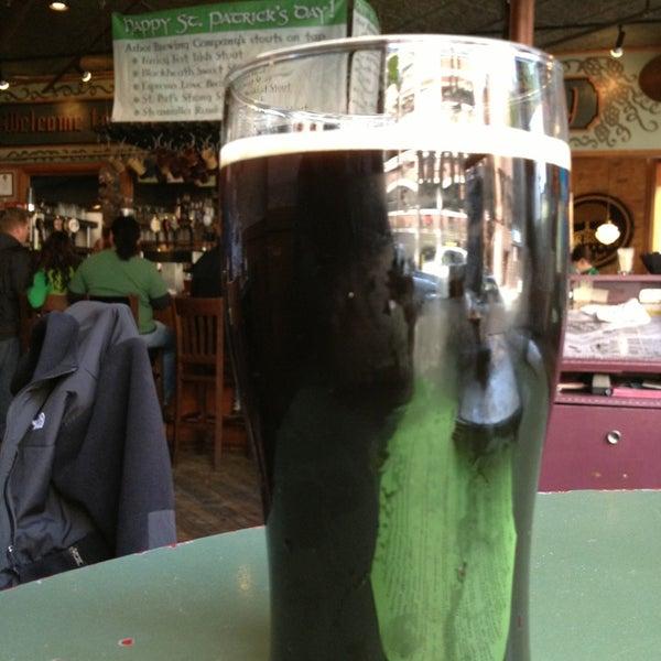 Foto tomada en Arbor Brewing Company por Richard R. el 3/17/2013