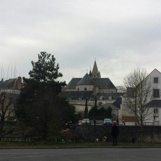 Foto diambil di Château de Meung-sur-Loire oleh Eugene B. pada 3/7/2014