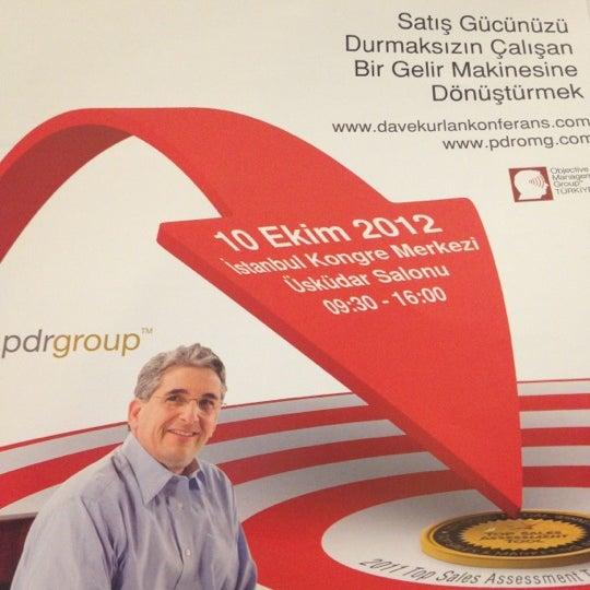 Das Foto wurde bei İstanbul Kongre Merkezi von T Ö. am 10/10/2012 aufgenommen