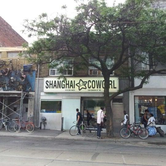 Foto scattata a Shanghai Cowgirl da Sebastian K. il 7/13/2012