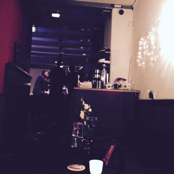 Photo prise au Café De Magere Brug par Christian F. le11/26/2014