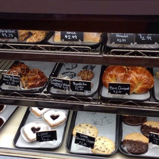Foto diambil di Swiss Haus Bakery oleh Aimee pada 7/17/2014