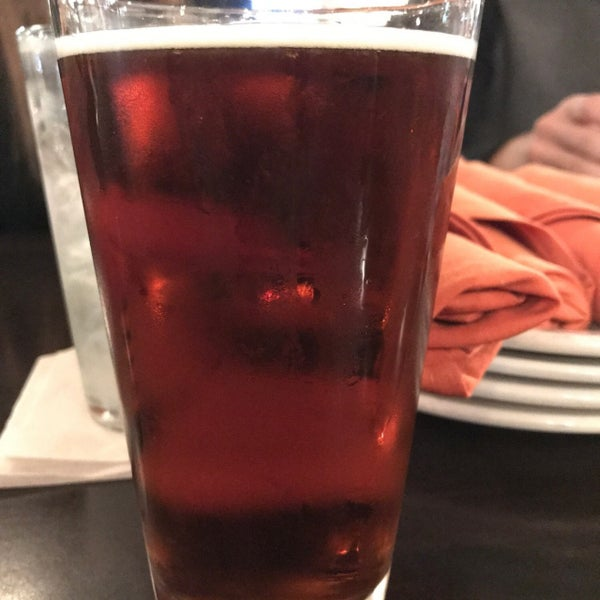 Photo prise au Crisp Wine-Beer-Eatery par Cody A. le12/22/2018