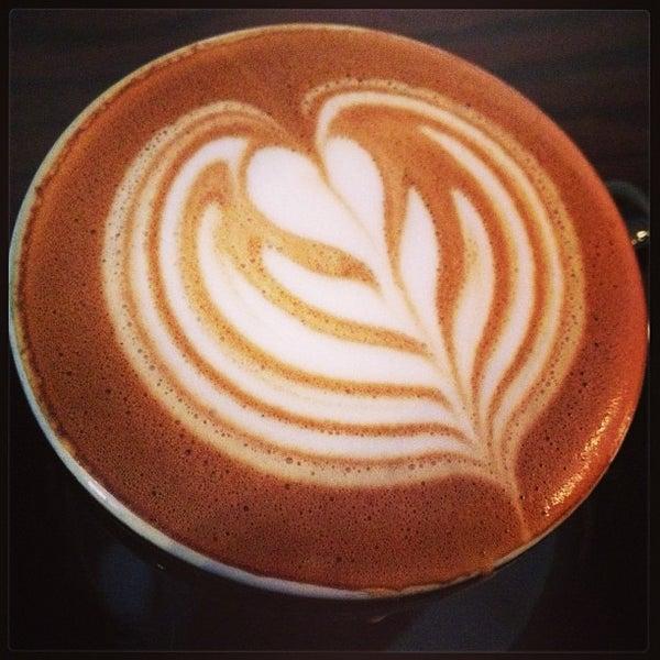 Photo prise au WTF Coffee Lab par Marinna P. le1/26/2013