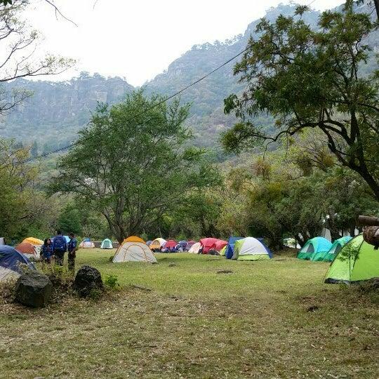 รูปภาพถ่ายที่ Campo Escuela Scout Meztitla โดย Gabo G. เมื่อ 1/31/2016