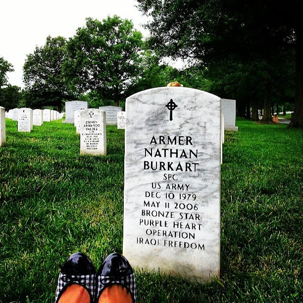 Photo prise au Arlington National Cemetery par K Z. le6/19/2013