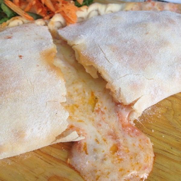 Las pizzas son deliciosas y el falafel una locura!