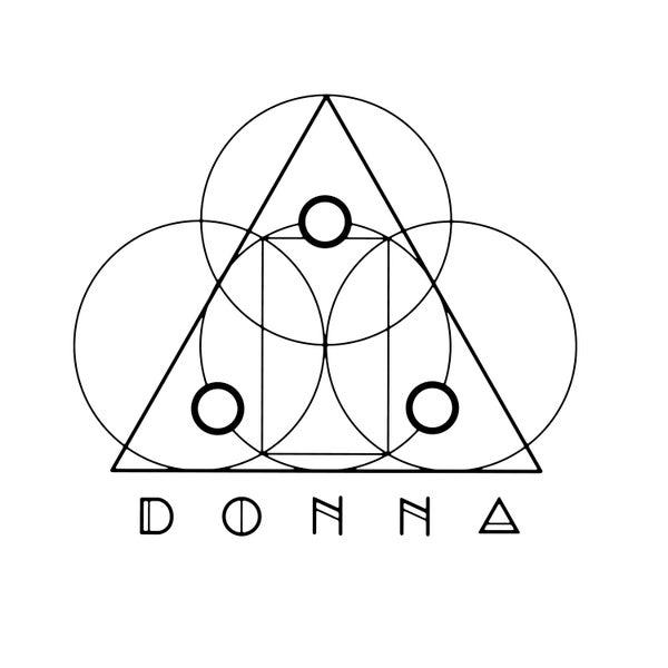 Foto tirada no(a) Donna por Yext Y. em 12/24/2017