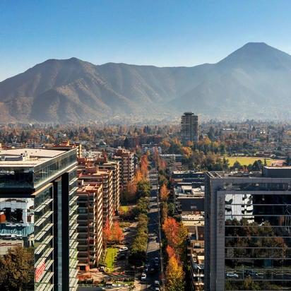รูปภาพถ่ายที่ Courtyard by Marriott Santiago Las Condes โดย Yext Y. เมื่อ 5/8/2020