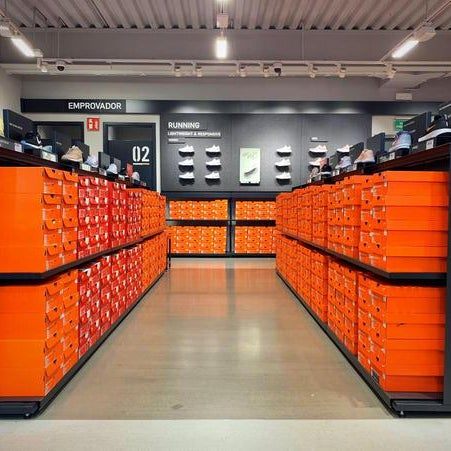 bueno semestre pulmón  Photos at Nike Factory Store La Roca - Sporting Goods Shop in Cardedeu