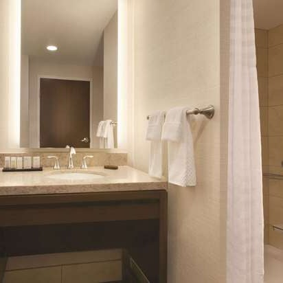 Embassy Suites By Hilton Akron Canton Airport Hotel