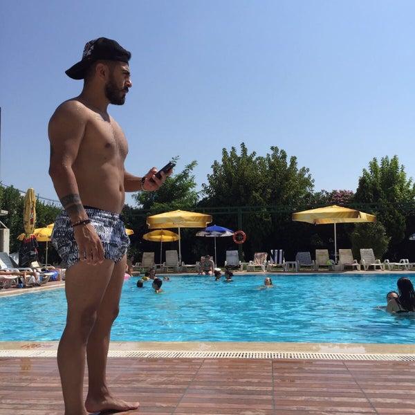 8/7/2017 tarihinde Ümit Ç.ziyaretçi tarafından Pelikan Otel'de çekilen fotoğraf