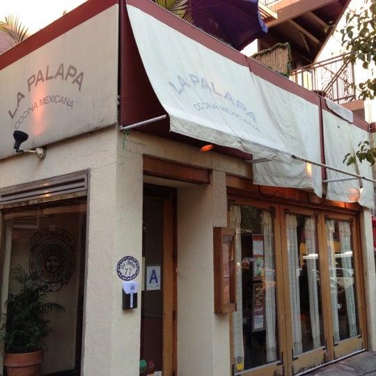 Foto tomada en La Palapa por Matthew el 11/17/2012