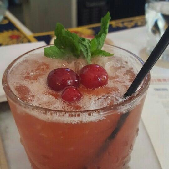 Foto diambil di Bar Takito oleh Geof F. pada 5/7/2016