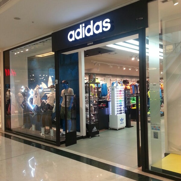 Destreza Labor Ídolo  adidas - Tienda de artículos deportivos en Alicante