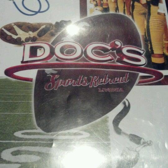 Foto scattata a Doc's Sports Retreat da Jason G. il 9/18/2012