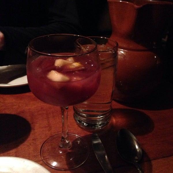 Foto scattata a Tasca Spanish Tapas Restaurant & Bar da Schyler C. il 11/27/2013