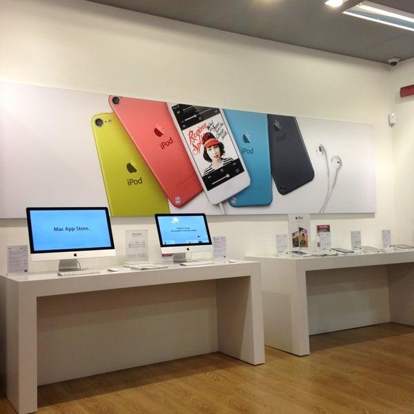 detailed look c8a4c 049f1 Photos at R-Store Pontecagnano (Sa)- Apple Premium Reseller ...
