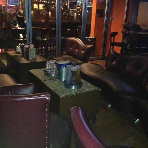 Foto diambil di San Jose Bar & Grill oleh Rob G. pada 1/12/2013
