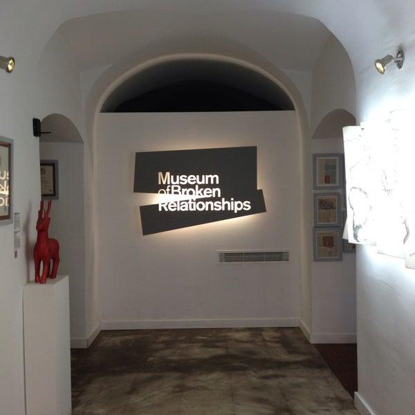 5/18/2013 tarihinde Bill T.ziyaretçi tarafından Muzej prekinutih veza | Museum of Broken Relationships'de çekilen fotoğraf