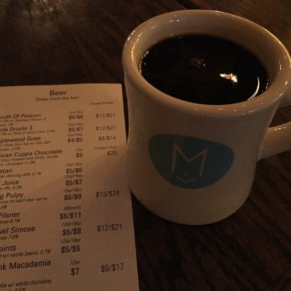 Foto tirada no(a) Maplewood Brewery & Distillery por Marty F. em 2/1/2019