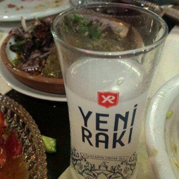 Снимок сделан в Eski Usül Meyhane пользователем Sule E. 9/15/2015