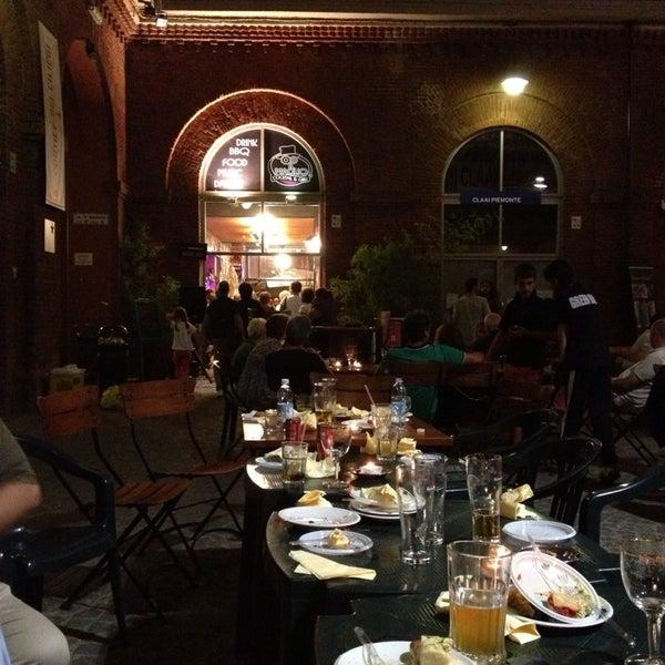 9/8/2013 tarihinde Elena I.ziyaretçi tarafından Il Maglio Rock House Restaurant'de çekilen fotoğraf