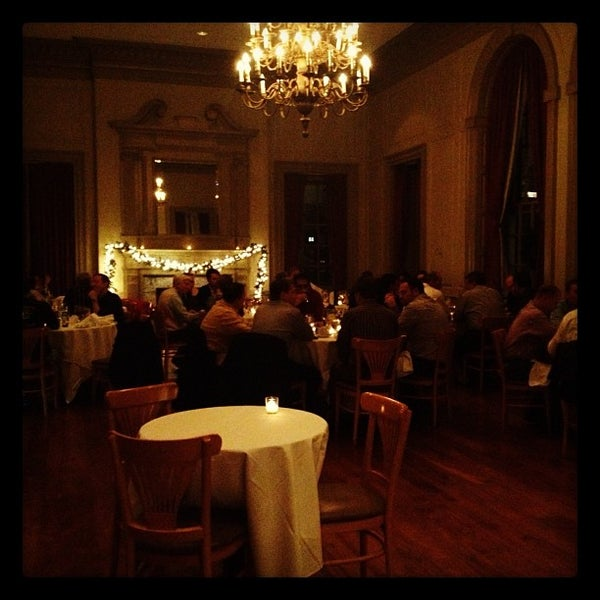 Foto scattata a Davio's Philadelphia da Esp E. il 11/28/2012