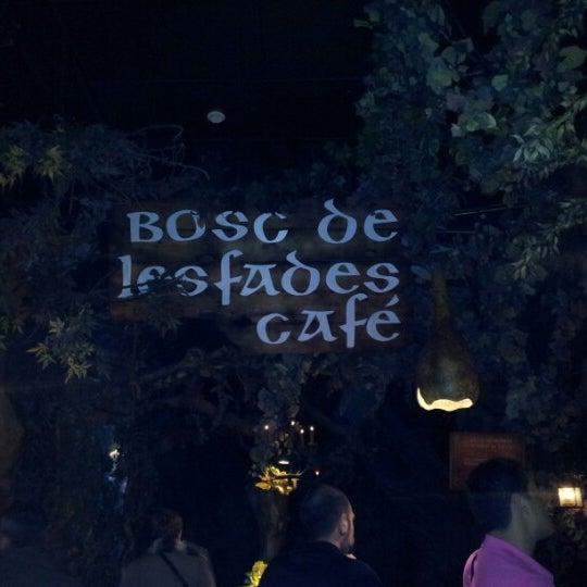 รูปภาพถ่ายที่ El Bosc de les Fades โดย Sonia P. เมื่อ 10/28/2012