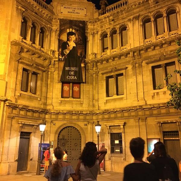 Foto diambil di Museu de Cera de Barcelona oleh Reyhan M. pada 9/7/2019