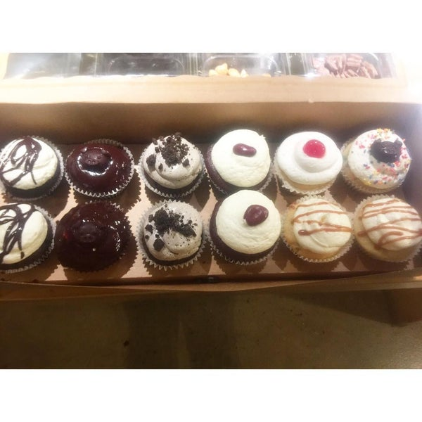 Photo prise au Skinny Piggy Bakery par Skinny Piggy Bakery le6/21/2017