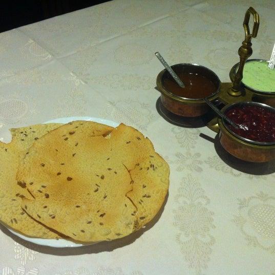 Foto diambil di Om India oleh Manu pada 11/30/2012