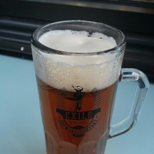 Das Foto wurde bei Exile Brewing Co. von Suits Up D. am 11/7/2012 aufgenommen
