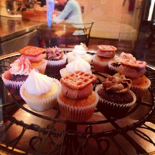 รูปภาพถ่ายที่ Prohibition Bakery โดย Kirsten P. เมื่อ 1/27/2013