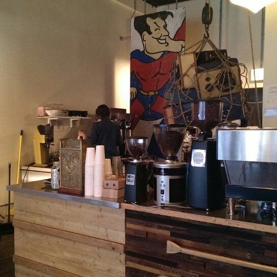 Foto tirada no(a) Bow Truss Coffee por mb em 9/23/2013