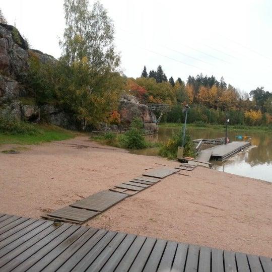 Das Foto wurde bei Pikkukosken uimaranta von Capo D. am 9/30/2012 aufgenommen