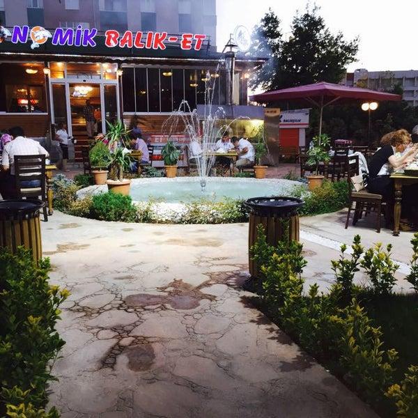 7/5/2015 tarihinde Ekonomik Balık Restaurant Avanosziyaretçi tarafından Ekonomik Balık Restaurant Avanos'de çekilen fotoğraf