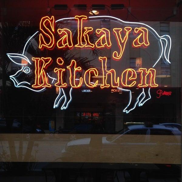 Das Foto wurde bei Sakaya Kitchen von Vany M. am 12/13/2013 aufgenommen