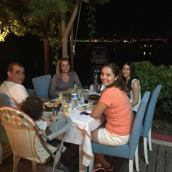 3/12/2018 tarihinde Sıdıka B.ziyaretçi tarafından Fethiye Yengeç Restaurant'de çekilen fotoğraf