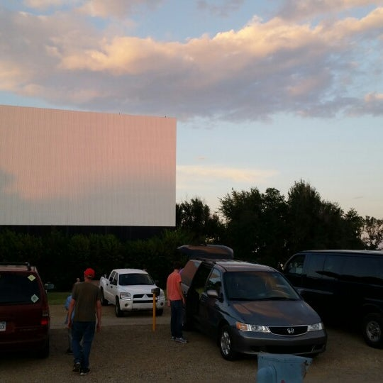 Beautiful evening for the drive in!