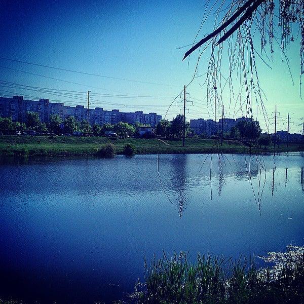 รูปภาพถ่ายที่ Троєщинський канал โดย Aleksey เมื่อ 5/9/2013