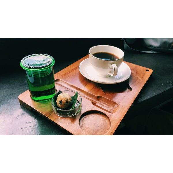 1/17/2016 tarihinde Anastasia K.ziyaretçi tarafından Seniman Coffee Studio'de çekilen fotoğraf