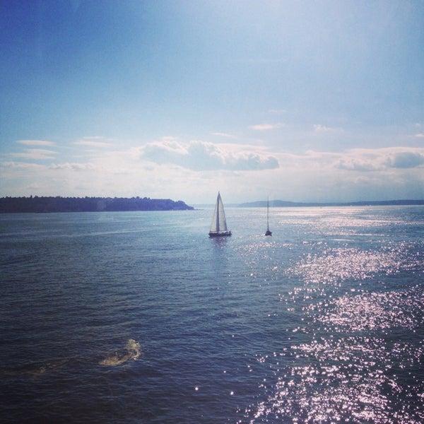 Das Foto wurde bei Waterfront Park von Jeet am 7/6/2013 aufgenommen