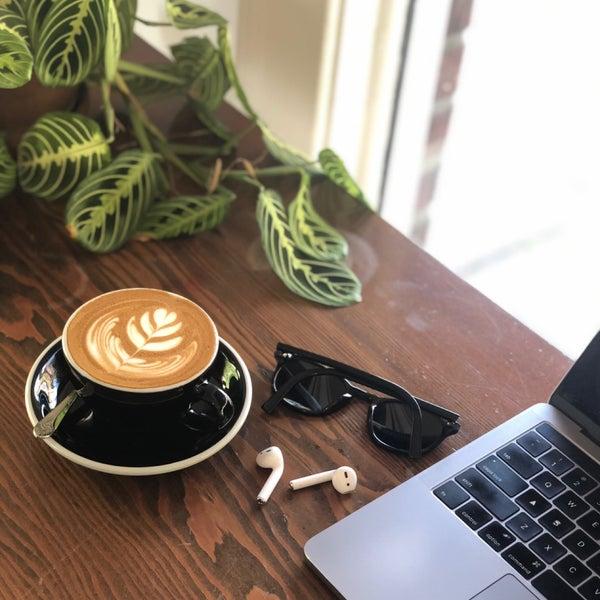 4/26/2019 tarihinde Ahmet 🧿ziyaretçi tarafından Analog Coffee'de çekilen fotoğraf