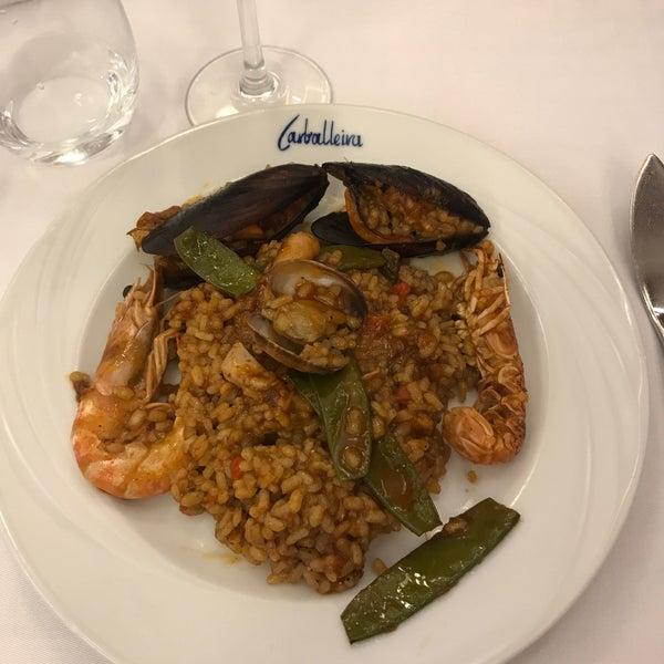 Foto tomada en Carballeira Restaurant por Can Kemal el 8/28/2017