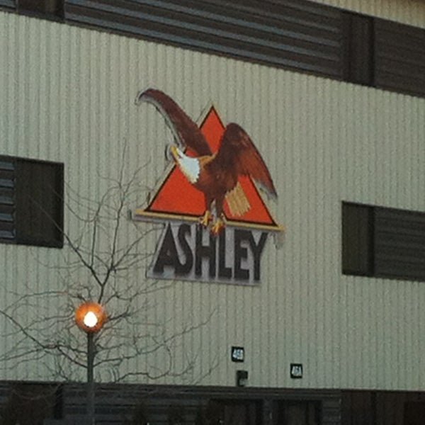 Ashley Furniture Industry: Ashley Furniture Industries Corporate Headquarters