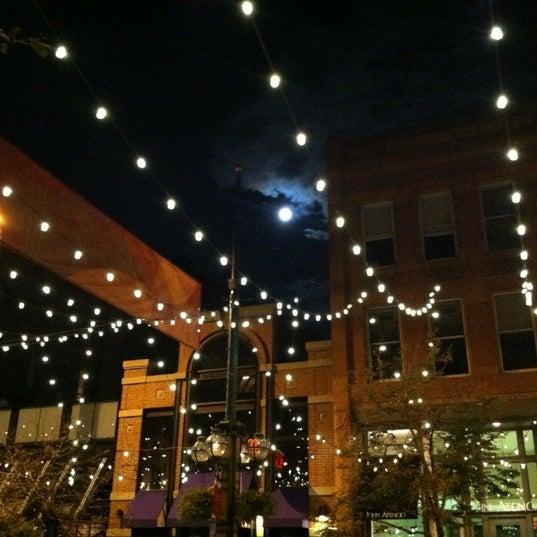 รูปภาพถ่ายที่ Tag โดย Claire J. เมื่อ 9/29/2012