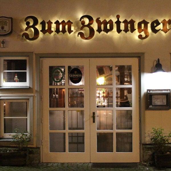 Das Foto wurde bei Zum Zwinger von Zum Zwinger am 7/9/2014 aufgenommen