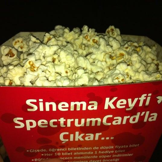 Снимок сделан в Spectrum Cineplex пользователем Murat E. 6/16/2012